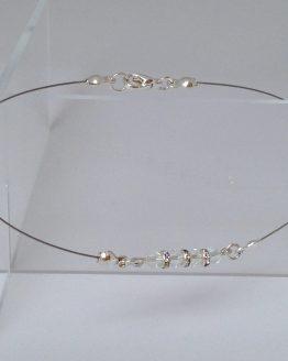 chaîne cheville transparente avec brillan