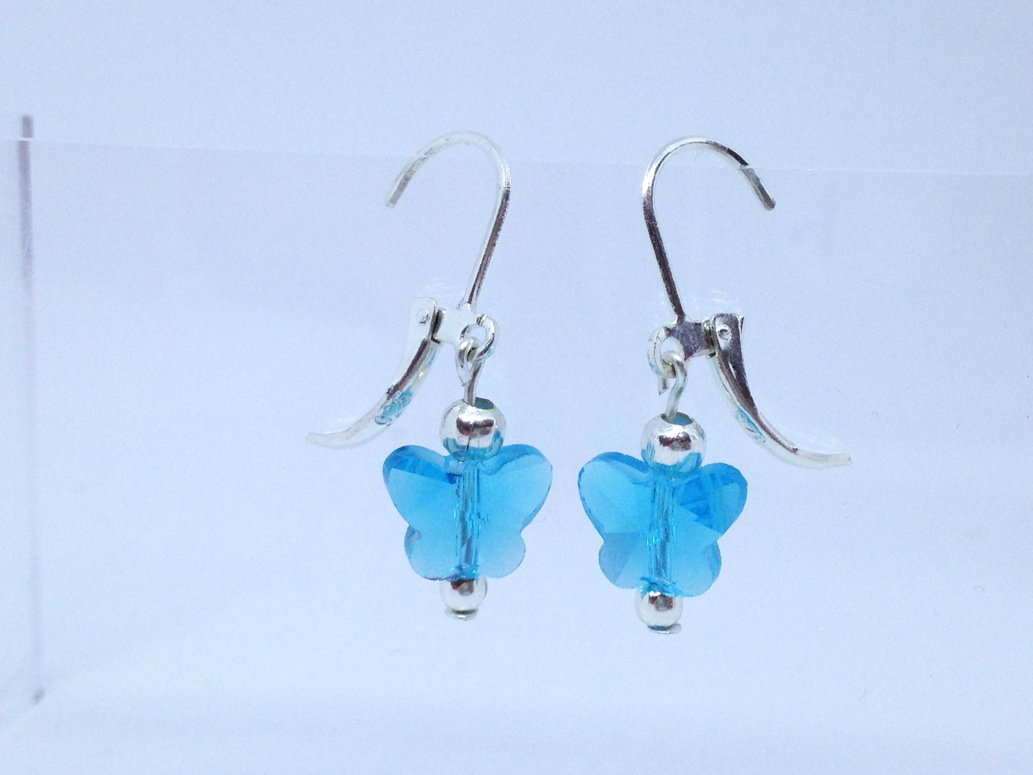 Bijou fait main pas cher de créateur - boucles papillons en cristal bleu - petit budget