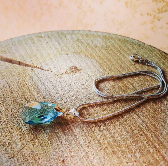 Collier larme bleue transparente « Christel »