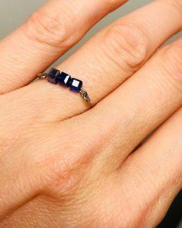 Bague cristaux bleus royal