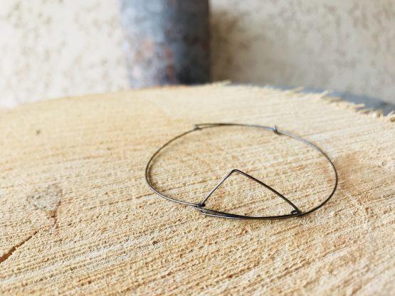 Bracelet en fil noir «Tristane»