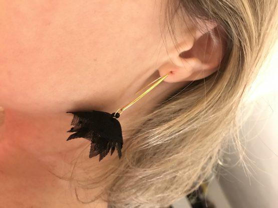 Boucles d'oreilles or et noires