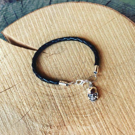 Bracelet rock avec tête de mort