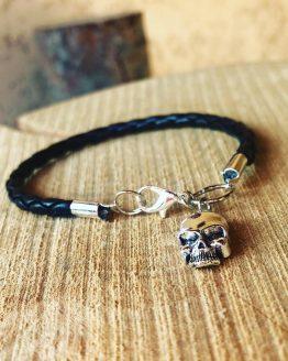 Bracelet avec tête de mort