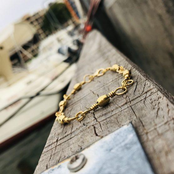Bracelet unisexe de couleur dorée