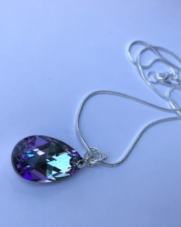 Collier larme violette Lila
