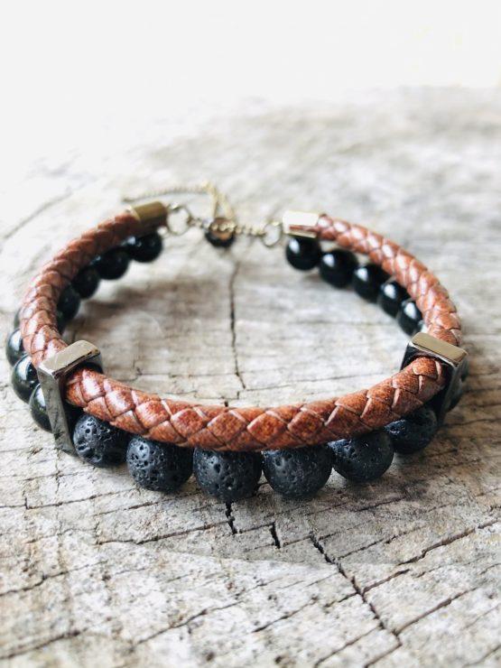 Bracelet homme avec pierres de lava, onyx noires, cuir et inox