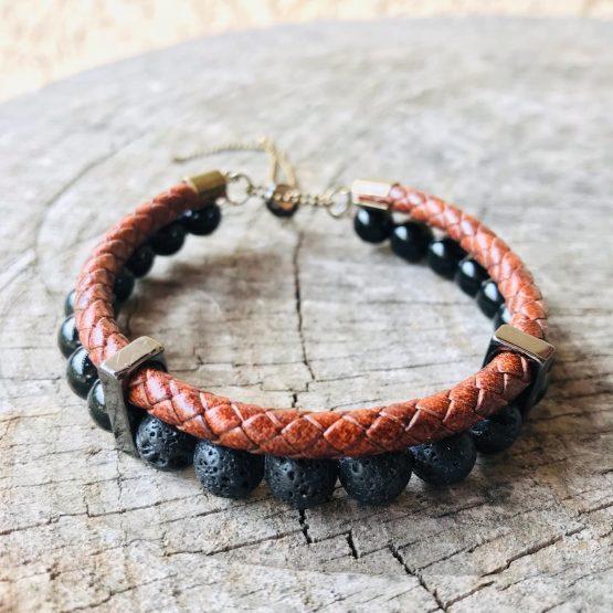 Bracelet homme avec onyx, cuir tressé, pierres de lave, inox